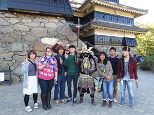 松本城を見学1.jpg