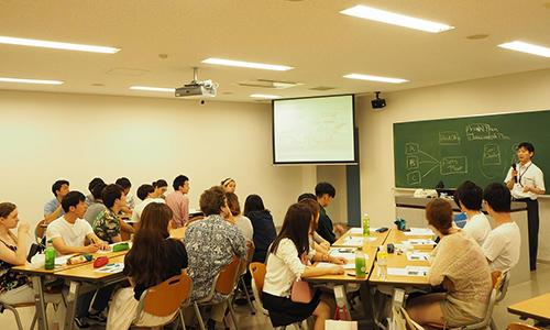 渡辺教授の講義.jpg