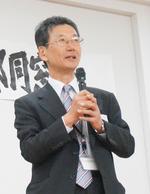 (写真3)村岡幹生教授・文学部長.jpg