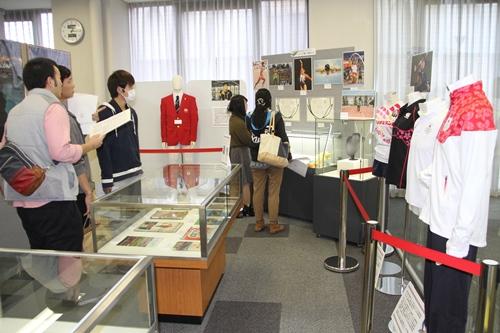 プレオープン展示 一般客別_8263.jpg