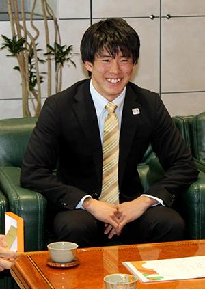 堀島選手.jpg
