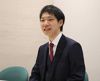 石松さん(HP掲載用).jpg