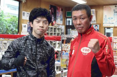 田中選手(左)と畑中会長.jpg
