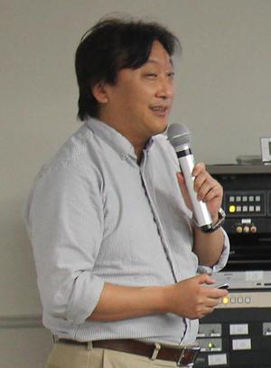 HP2経済・鈴木教授.jpg