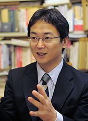 坂田准教授